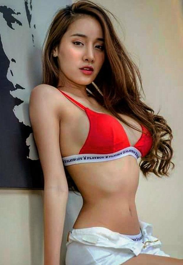 bikiniredmook